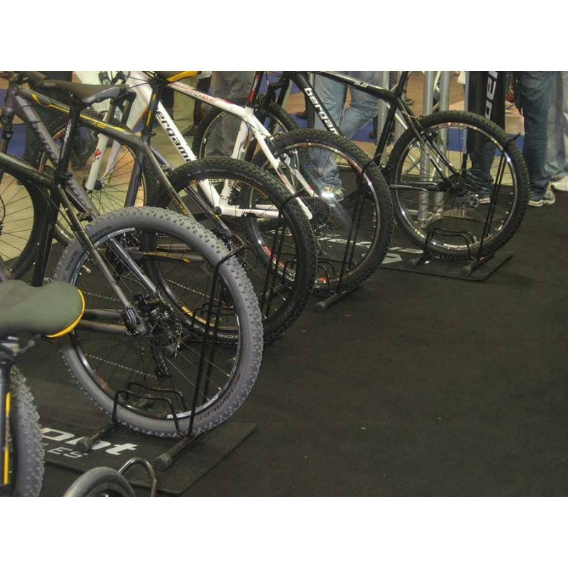 Porta biciclette a terra 1 posto a piedistallo con sistema brevettato